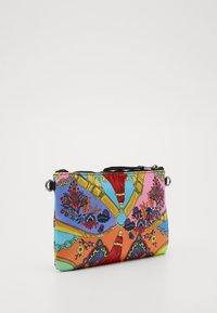 Versace Jeans Couture - MEDIUM POUCH - Clutch - multcolor - 2