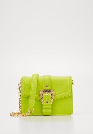 DISCOBAGCOUTURE  - Across body bag - verde fluo
