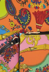 Versace Jeans Couture - Handtasche - multi-coloured - 5