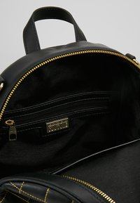 Versace Jeans Couture - BACKPACK QUILTED - Rugzak - nero - 4