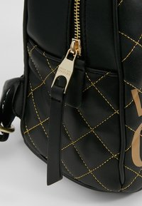 Versace Jeans Couture - BACKPACK QUILTED - Rugzak - nero - 6