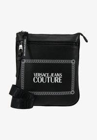 Versace Jeans Couture - LINEA MACROTAG  - Sac bandoulière - black - 5