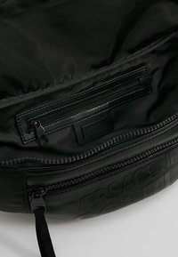 Versace Jeans Couture - LINEA TARTAN - Bum bag - black - 4