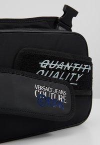 Versace Jeans Couture - LINEA - Sac bandoulière - black - 6