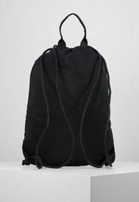 Versace Jeans Couture - LINEA PYTHON - Reppu - black - 2