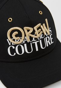 Versace Jeans Couture - MID VISOR EMBROIDERY  - Keps - black - 6