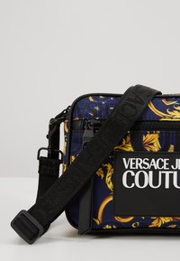 Versace Jeans Couture - Schoudertas - navy/gold - 6