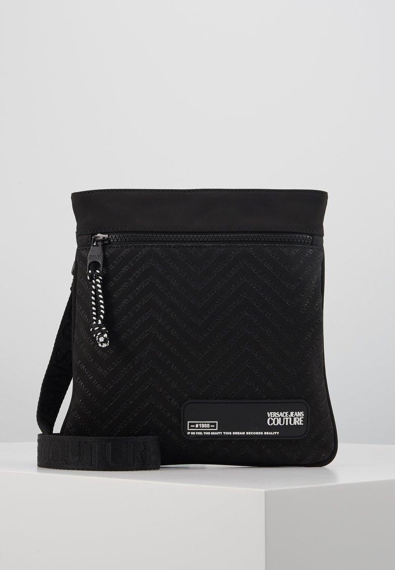Versace Jeans Couture - Schoudertas - black