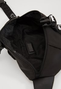 Versace Jeans Couture - Riñonera - black - 5