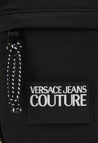 Versace Jeans Couture - Umhängetasche - black - 2
