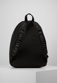 Versace Jeans Couture - Rygsække - black - 3
