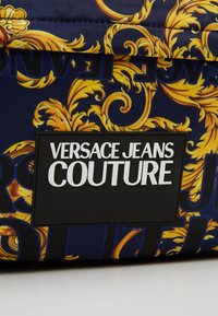 Versace Jeans Couture - Sac à dos - navy gold - 2
