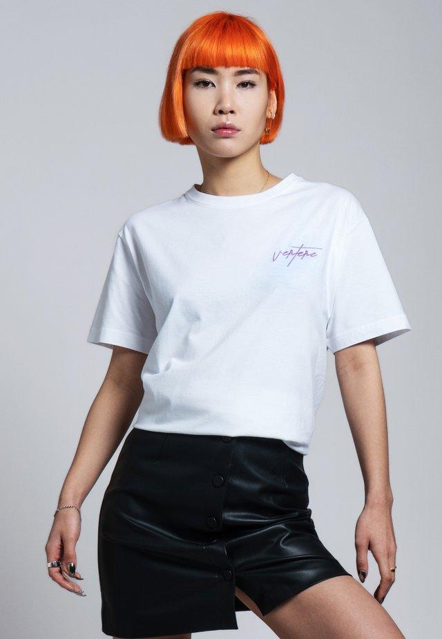 T-shirt med print - weiß
