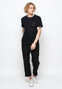 Vertere Berlin - T-shirt imprimé - black - 1