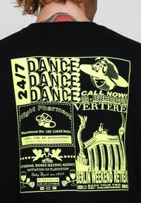 Vertere Berlin - T-shirt imprimé - black - 3