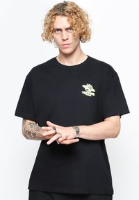 Vertere Berlin - T-shirt imprimé - black - 0