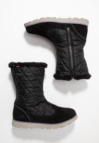 Viking - ROEA  GTX  - Stivali da neve  - black/old rose - 0