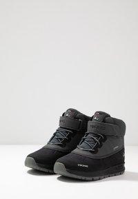 Viking - TED GTX - Scarpa da hiking - black/charcoal - 3