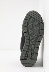 Viking - TED GTX - Scarpa da hiking - black/charcoal - 5