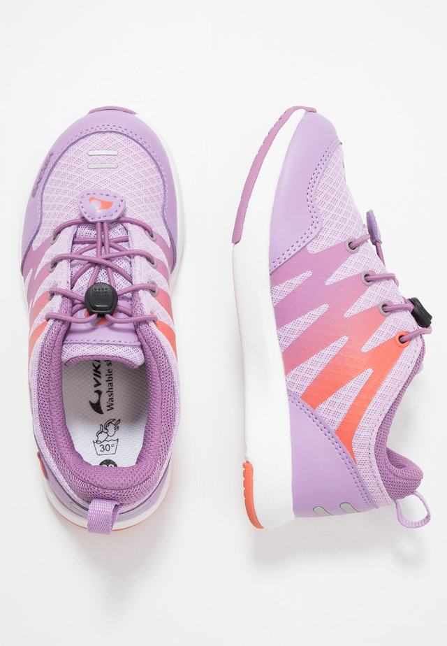 BISLETT II GTX - Sports shoes - lavender/coral