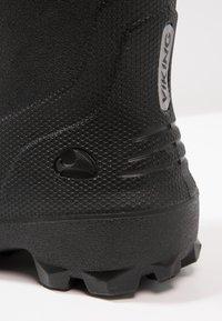Viking - FROST FIGHTER - Zimní obuv - black/grey - 5