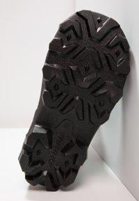 Viking - FROST FIGHTER - Zimní obuv - black/grey - 4