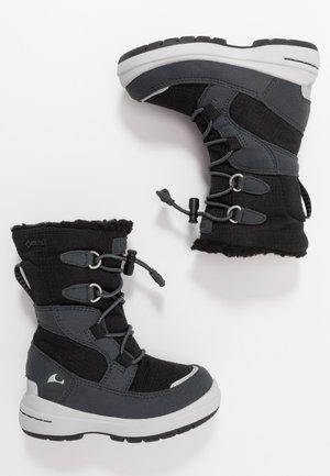 TOTAK GTX - Zimní obuv - black/charcoal