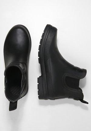 ADA - Gummistövlar - black