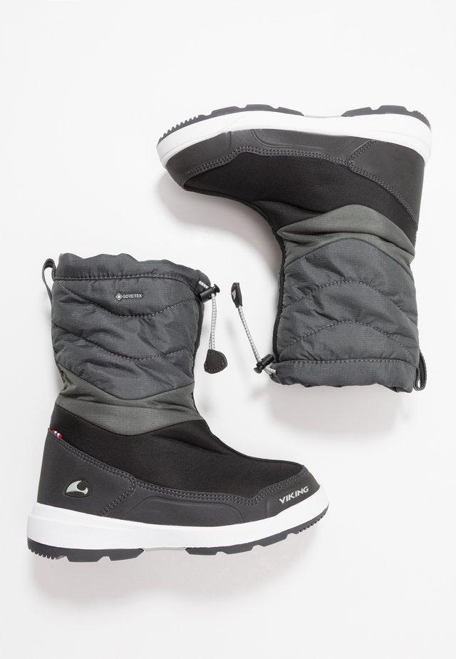 HALDEN GTX - Winter boots - black/charcoal