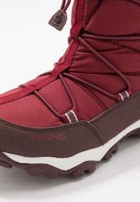 Viking - TOFTE GTX - Zimní obuv - dark red/wine - 2