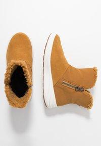 Viking - ANNE GTX - Winter boots - mustard - 1