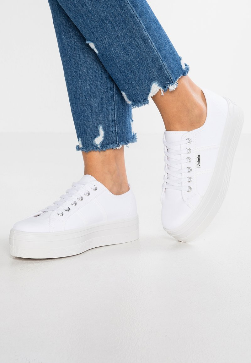 Victoria Shoes - BASKET LONA PLATAFORMA - Sneakers laag - blanco