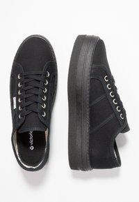 Victoria Shoes - BARCELONA LONA MONOCROMO - Joggesko - black - 3