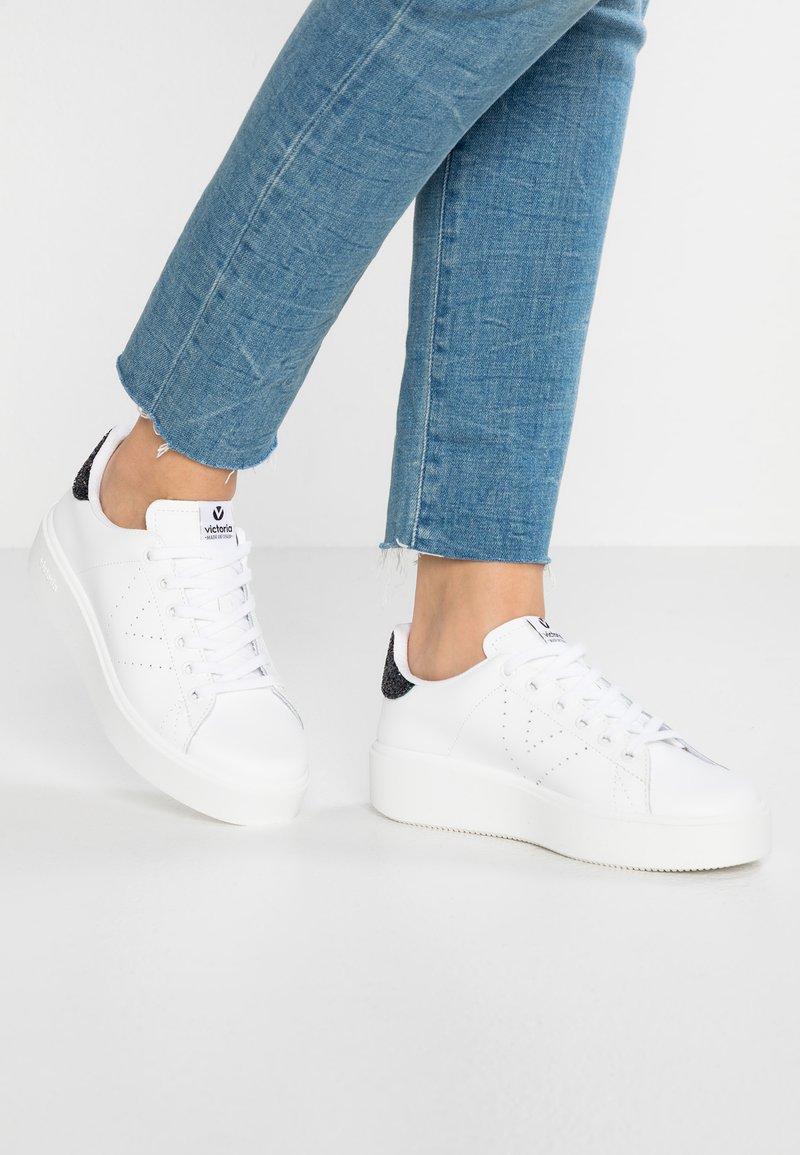 Victoria Shoes - UTOPIA DEPORTIVO PIEL - Sneakersy niskie - blanco