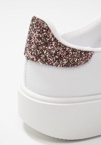 Victoria Shoes - UTOPIA PIEL - Trainers - rosa - 2
