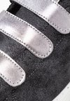 Victoria Shoes - BARCELONA METALIZADO  - Sneakers - antracita