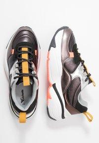 Victoria Shoes - AIRE METAL - Joggesko - black - 3