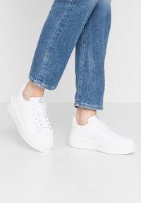 Victoria Shoes - Sneakersy niskie - blanco - 0