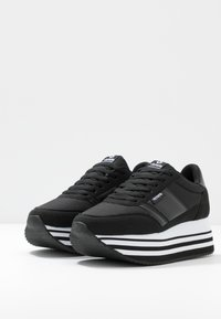 Victoria Shoes - Trainers - black - 4