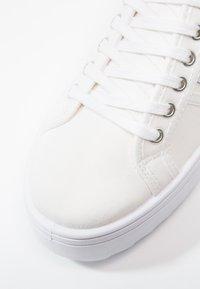 Victoria Shoes - BASKET LONA PLATAFORMA - Trainers - blanco - 6