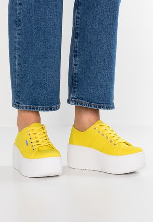 VALIENTE LONA - Sneakers basse - citrico