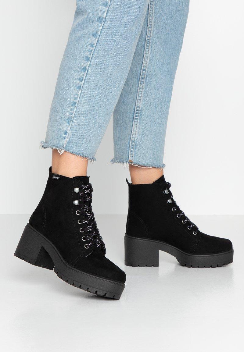 Victoria Shoes - ATALAIA MONTAÑA - Stivaletti con plateau - black
