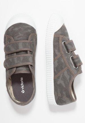 Sneaker low - antracita