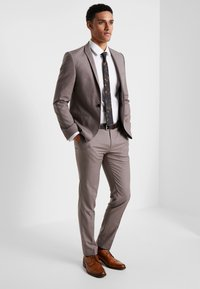 Viggo - GOTHENBURG SUIT - Garnitur - taupe - 0