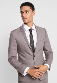 Viggo - GOTHENBURG SUIT - Garnitur - taupe