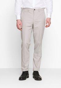 Viggo - NEW GOTHENBURG SUIT - Suit - silver grey - 4