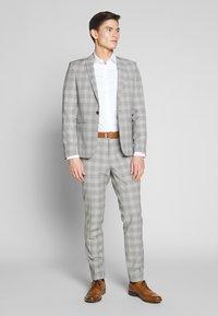 Viggo - LARVICK SUIT - Suit - grey - 1