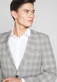 Viggo - LARVICK SUIT - Suit - grey - 2