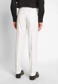 Viggo - NEW GOTHENBURG SUIT - Suit - white - 5