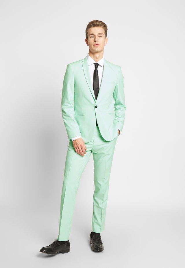 NEW GOTHENBURG SUIT - Puku - mint green